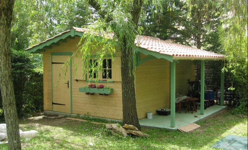 fabricant d 39 abri de jardin bois abri voiture carport. Black Bedroom Furniture Sets. Home Design Ideas