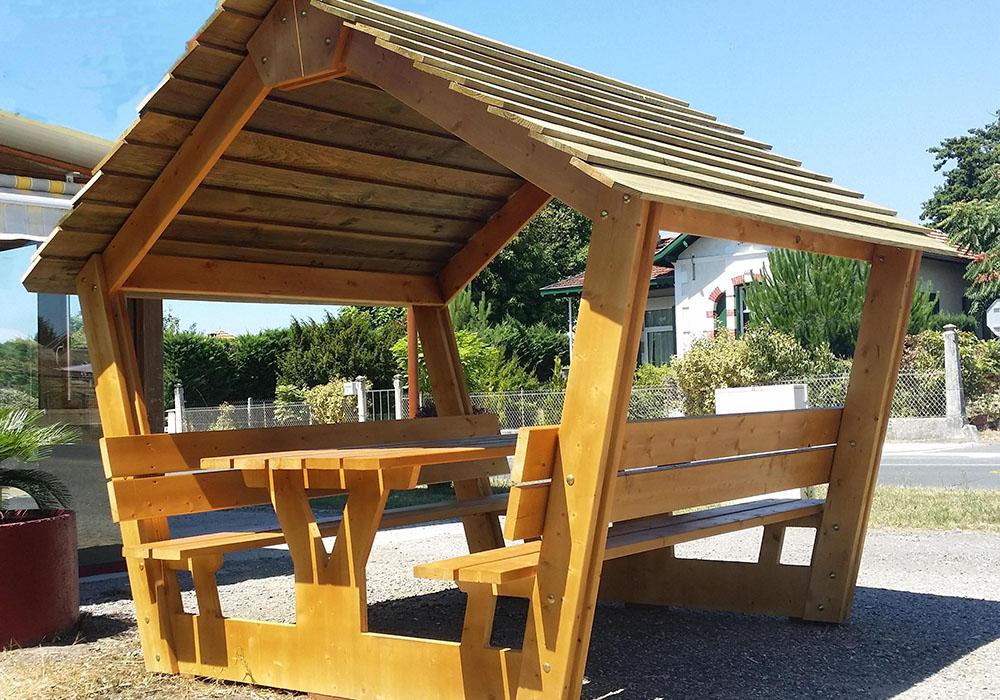 Table de pique nique en bois