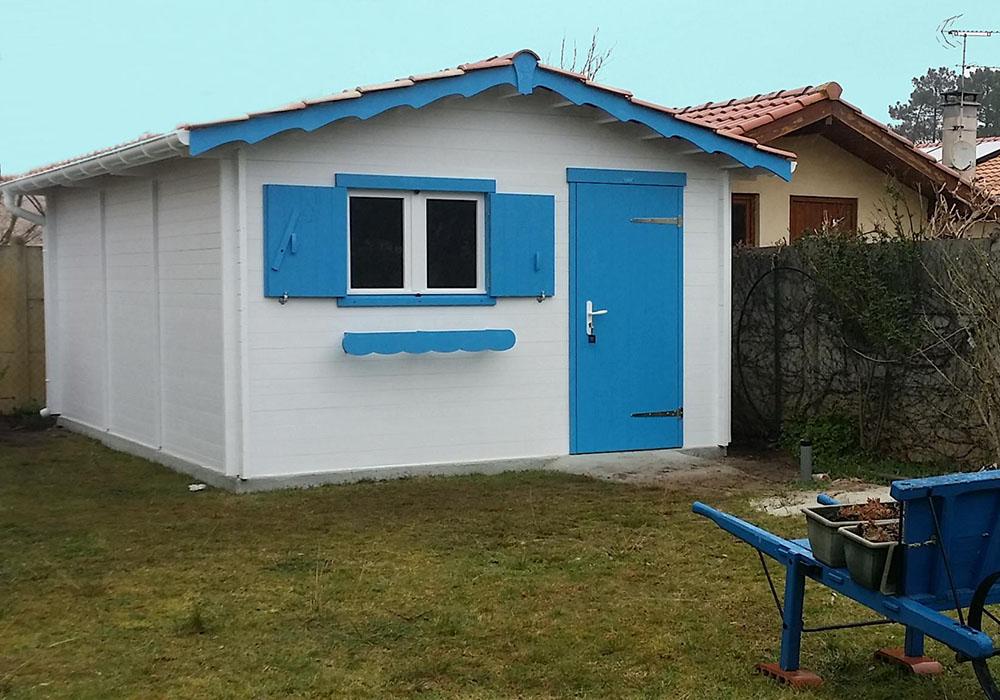 Modèle MERIBEL 18,70 m²<br/> Façade 3,60<br/> Profondeur 5,17<br/> Présenté avec option : fenêtre et volet