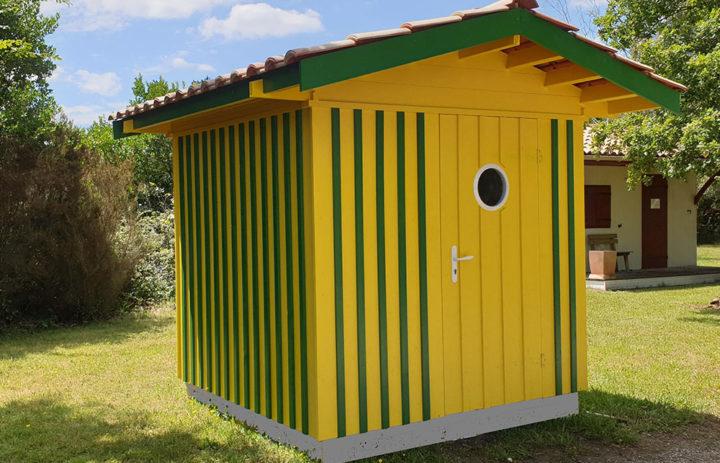 Modèle BIGANOS 4,87 m²<br/> Façade 2,20<br/> Profondeur 2,20<br/> Présenté avec option : hublot découpé dans la porte